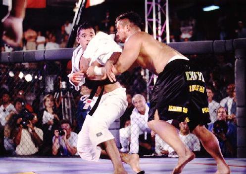 Video: Remember Royce Gracie vs Kimo Leopoldo in the epic battle of UFC 3
