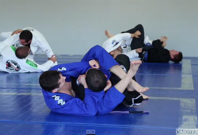 Video: Watch Caio Terra roll with one of his students and commentate the action