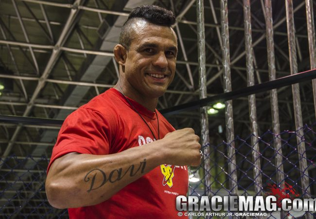 Vitor Belfort encara Gegard Mousasi no UFC 204, em Manchester
