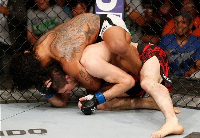 UFC: Ben Henderson usa o Jiu-Jitsu e finaliza Rustam Khabilov no mata-leão