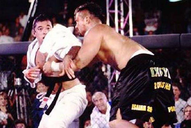 Vídeo: Relembre Royce Gracie x Kimo Leopoldo na épica batalha do UFC 3