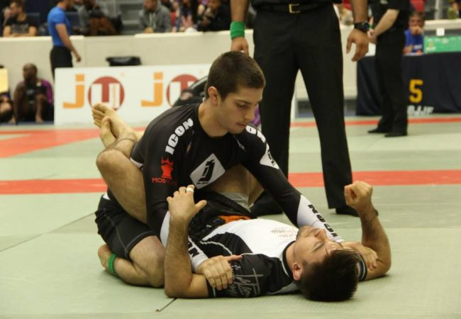 Day two of IBJJF Paris Open results and photos for no-gi matches and close-outs