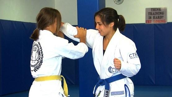 Women of GMA Texas Punishment Crew share Jiu-Jitsu as self-defense on the news
