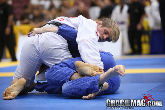 Video: Five ways to shut down and pass a nasty half guard