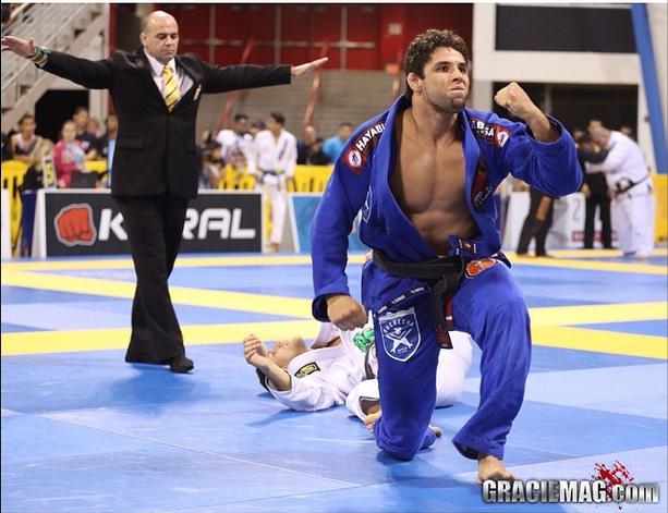 Marcus Buchecha comemora mais um título mundial. Foto: Ivan Trindade/GRACIEMAG