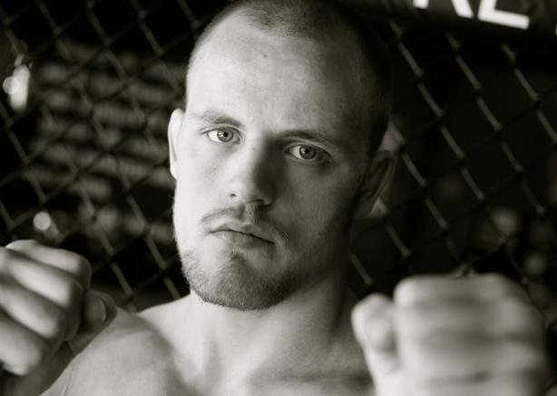 O Jiu-Jitsu que funciona no MMA: o mata-leão de Gunnar Nelson, atleta do UFC