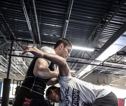Durinho analisa treinos com Calasans e os perigos do adversário no UFC