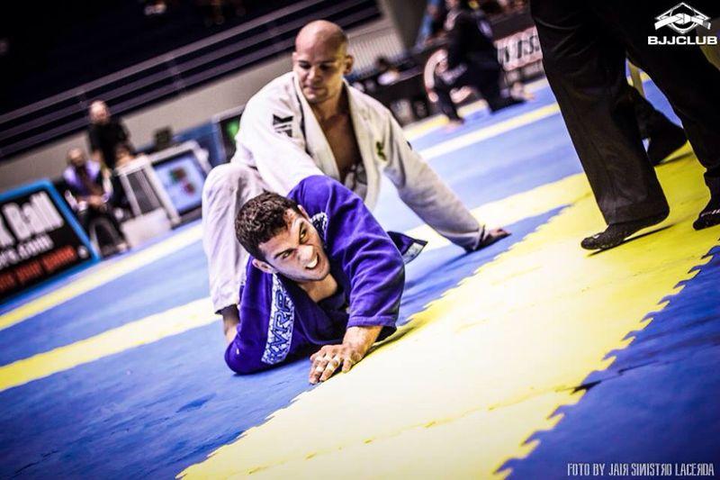 Renato Cardoso em ação no Jiu-Jitsu. Foto: Jair Lacerda