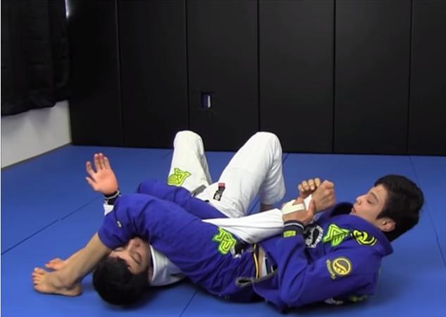 Aprenda o armlock ninja do campeão de Jiu-Jitsu João Miyao