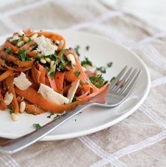 Gracie Diet: Carrot pasta with Basil pesto