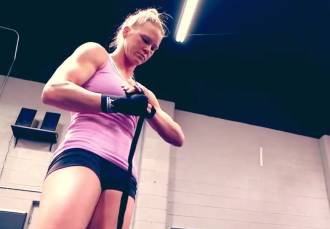 Watch this Holly Holm video and tell us if she can threat Ronda Rousey's reign