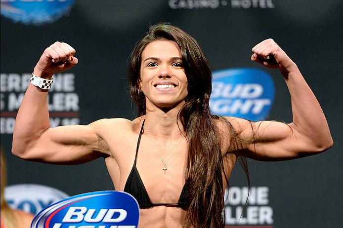 Claudinha Gadelha representou o Jiu-Jitsu e venceu em sua estreia no UFC. Foto: Jeff Bottari/Zuffa LLC via Getty Images