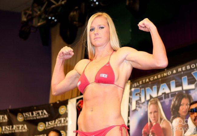 O treino de boxe de Jon Jones e Holly Holm, nova musa do UFC