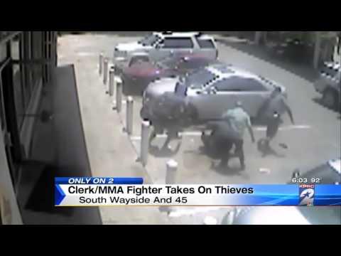 Vídeo: Lutador de MMA derruba dois e impede assalto a posto de gasolina