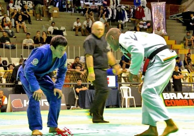 Video: Watch Paulo Miyao's top game in the featherweight final of Rio Open 2014