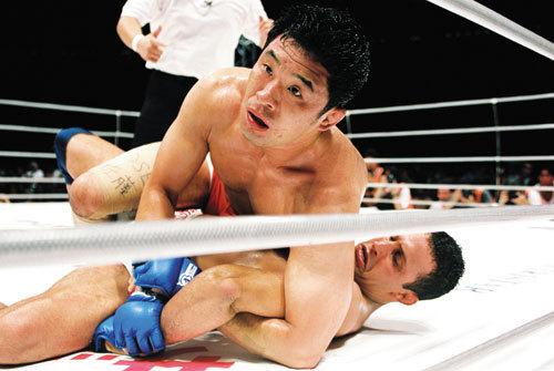 Renzo vs. Sakuraba: 14 years later, remember one of the most thrilling moments in MMA history