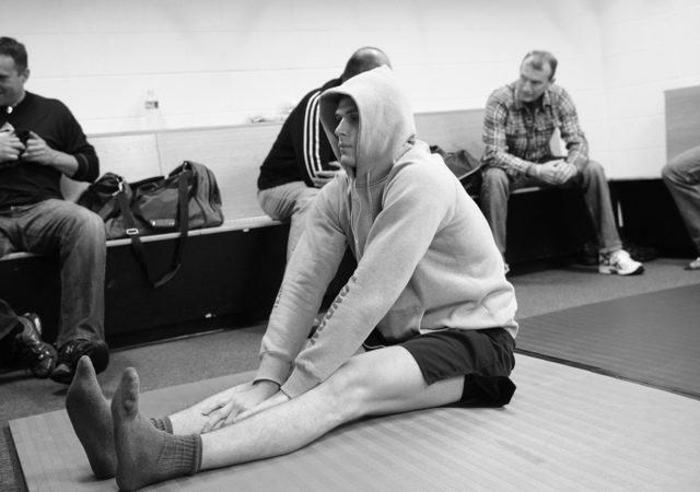 How do you warm up for Jiu-Jitsu? Learn some exercises