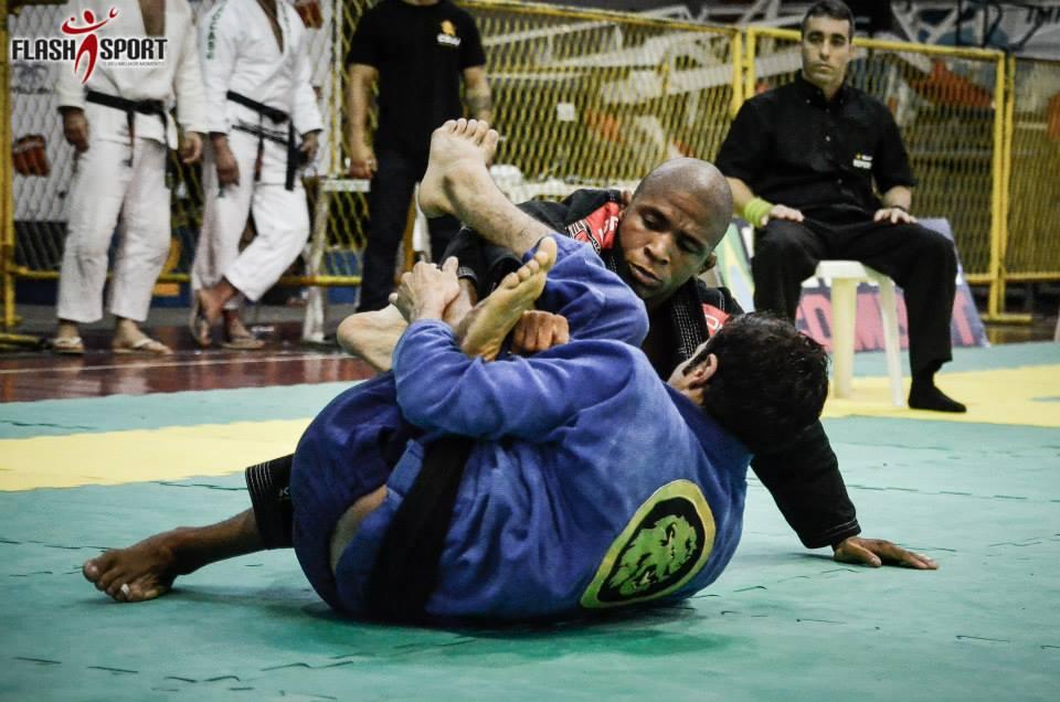 Douglas Rufino, campeão no master 1. Foto: Flashsport