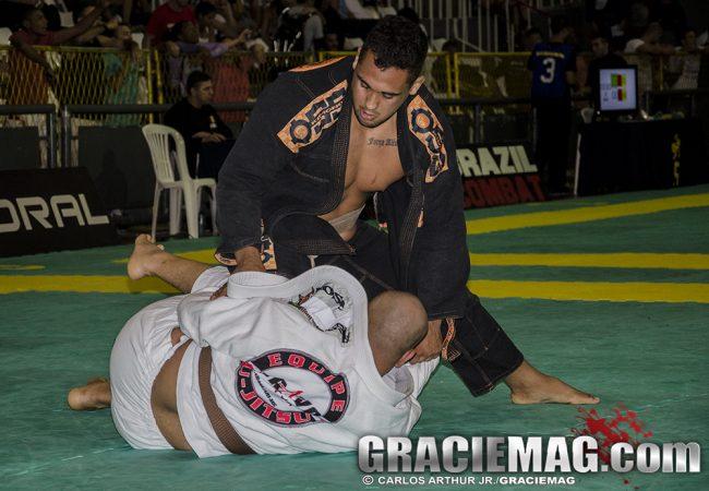 Rio Open de Jiu-Jitsu: Victor Honório reina no dia dos faixas-marrons
