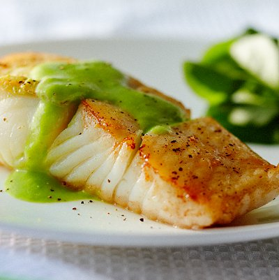 Gracie Diet: Pan-Roasted Halibut with Pea Puree