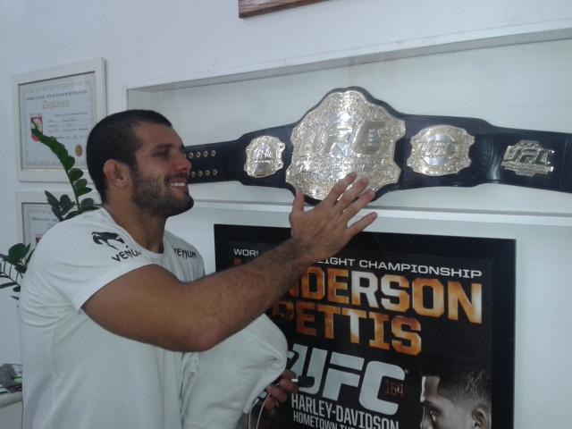 Rodolfo de olho no cinturao do UFC