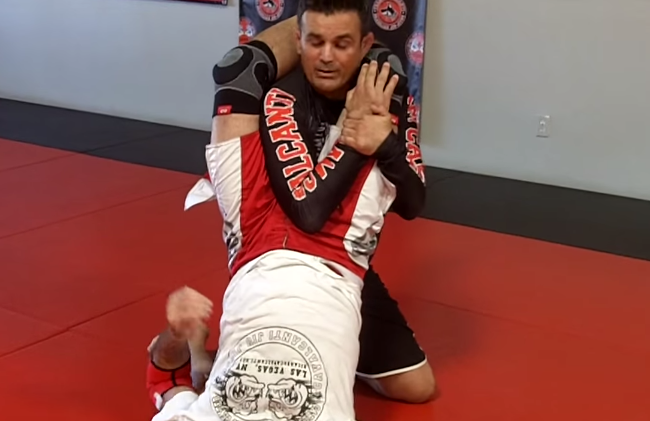 Avoid those triangles during no-gi season with this defense from Cavalcanti