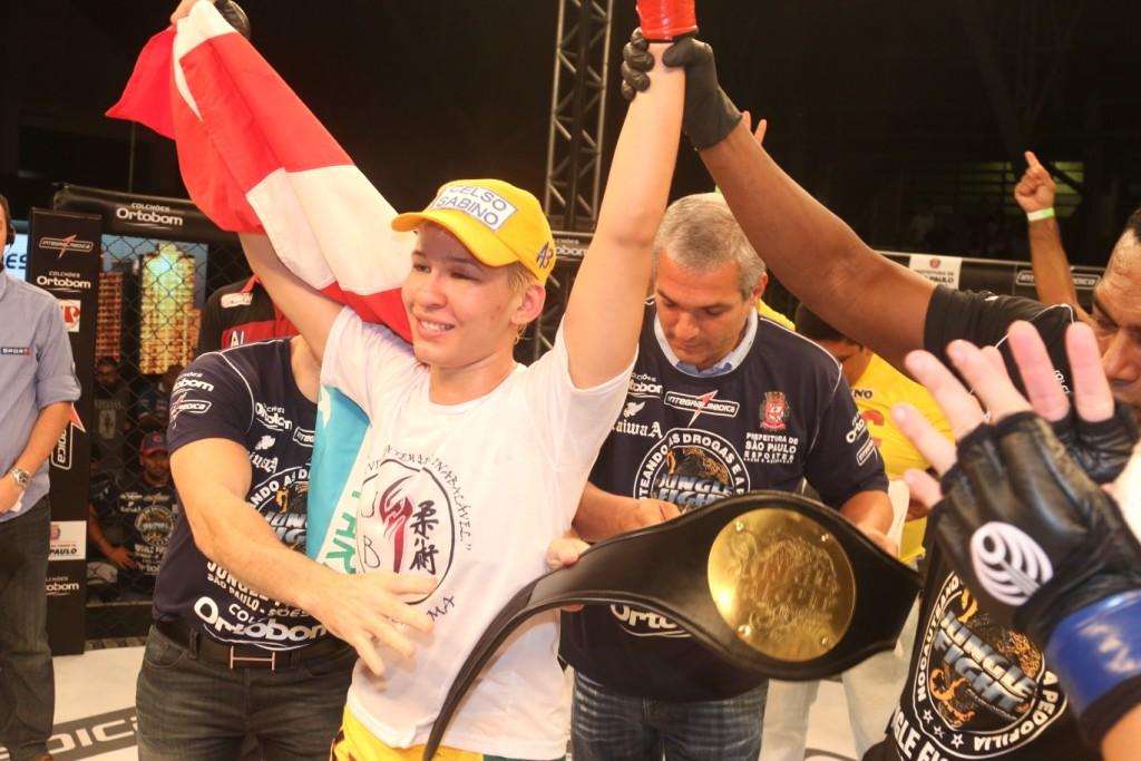 Larissa Pacheco, do cinturão do Jungle ao contrato com o UFC. Foto: Divulgação