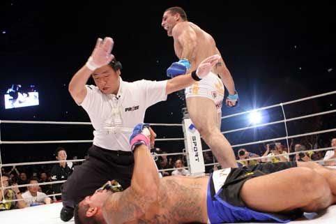 Após a omoplata no UFC, relembre Shogun usando o golpe em Arona
