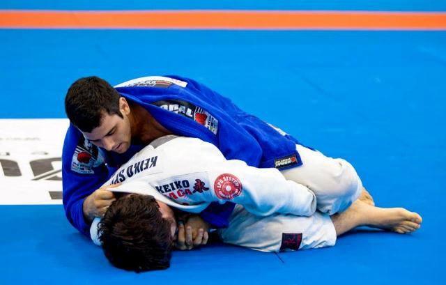 Jiu-Jitsu: watch how Alexandre Souza defeated Paulo Miyao in Brazil