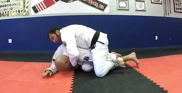 Can't get the choke from turtle? Walter Cascao shows how to submit with an armbar instead