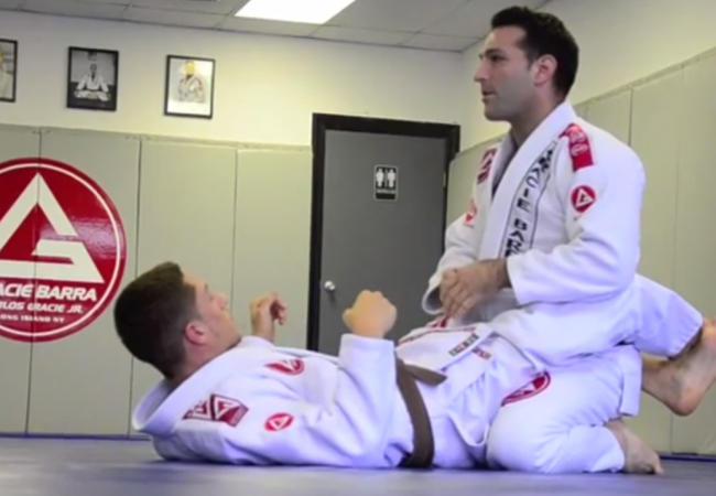 Joe Scarola of GB Long Island teaches a basic guard pass from the knees