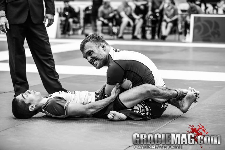 Kyle Maynard  em ação no Jiu-Jitsu. Foto: Erin Herle/GRACIEMAG