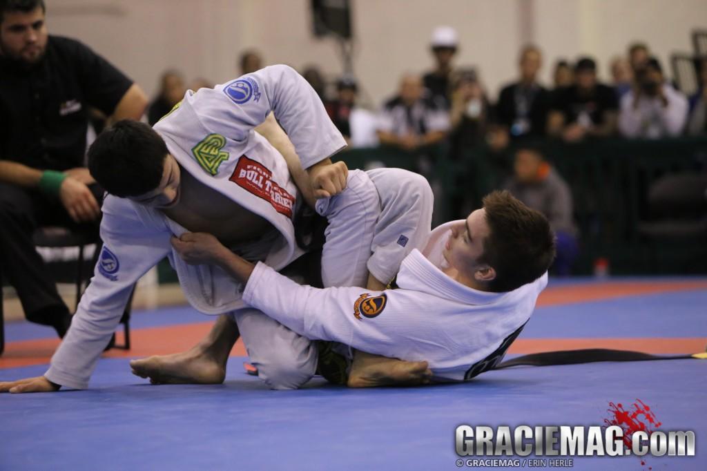 Joao Miyao vs. Gianni Grippo Photo: Erin Herle