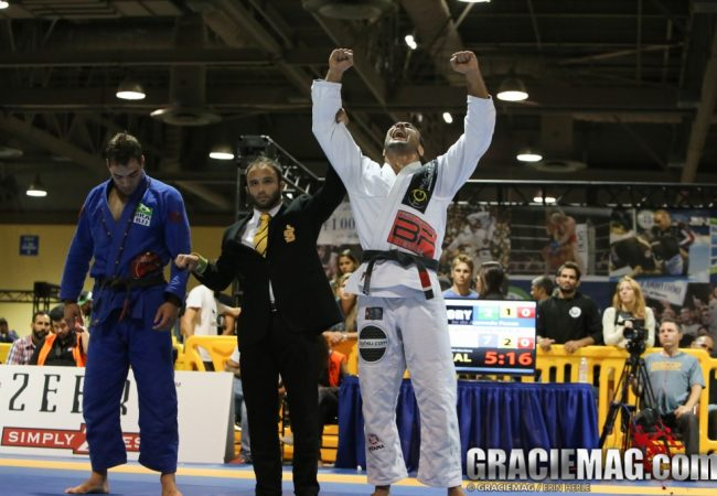 "Bernardo Faria comments submissions in the Jiu-Jitsu Pro League: ""I waited for the right time"""