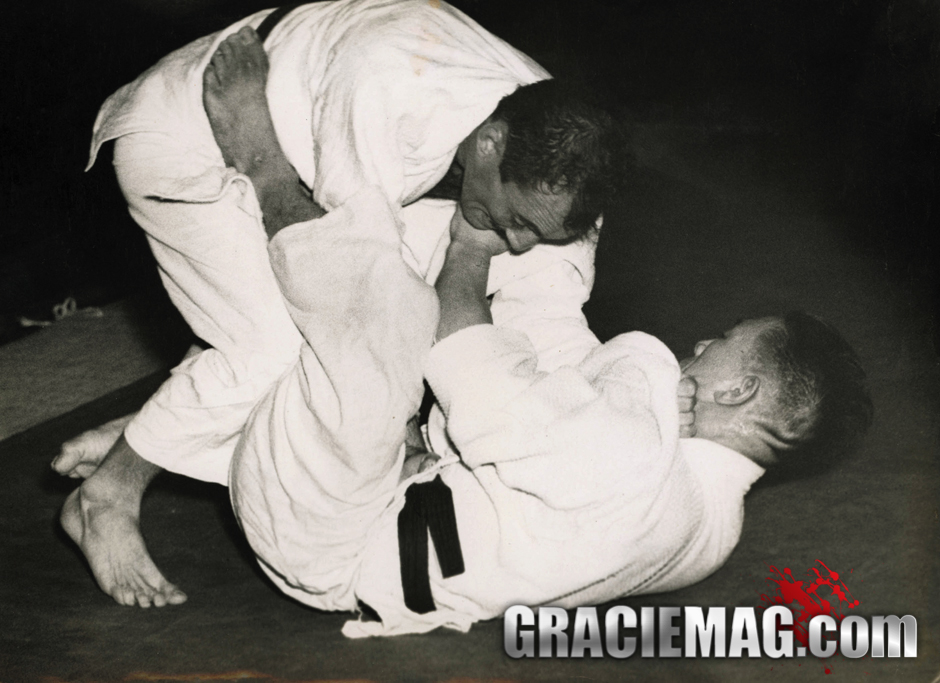 Helio fighting Kato in 1951