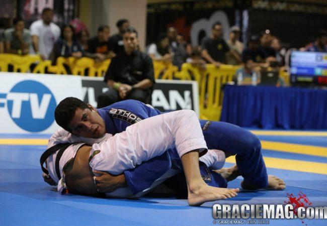 O Jiu-Jitsu do campeão absoluto do Manaus Open 2015, Eduardo Inojosa