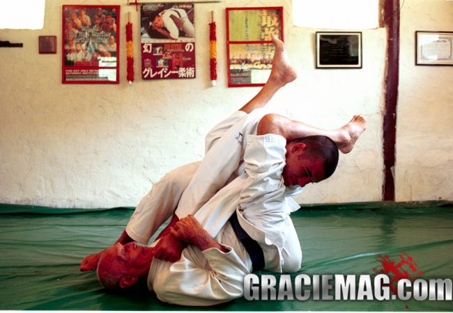 Arm trapped? Ryron Gracie teaches two ways to escape the armlock