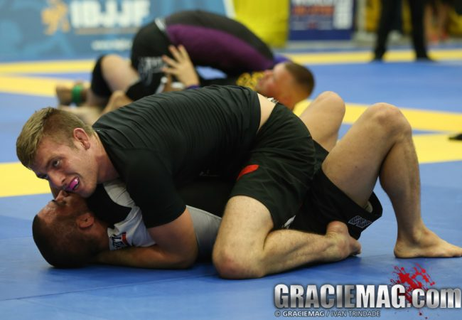 Watch here the Live stream of day 2 of the 2014 World Jiu-Jitsu No-Gi Championship