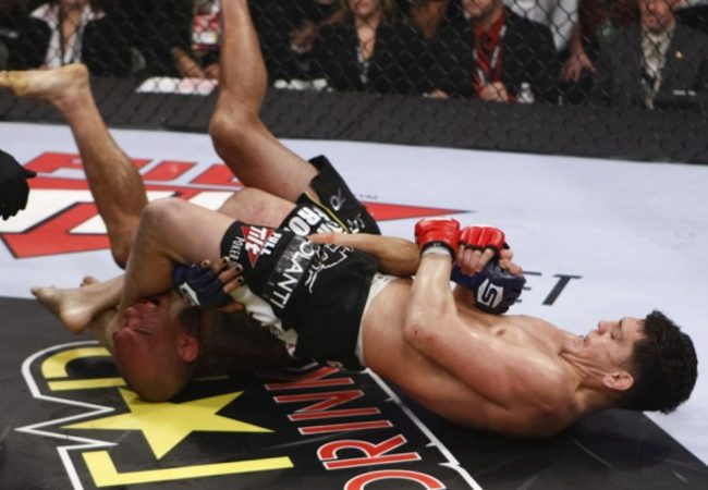Jiu-Jitsu: O armlock de Nick Diaz em Cyborg no Strikeforce