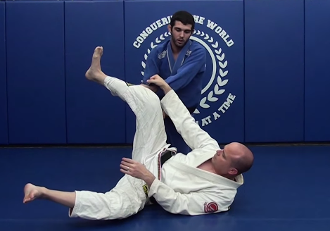 Video: Sean Roberts shows how to stop the leg lasso before it begins