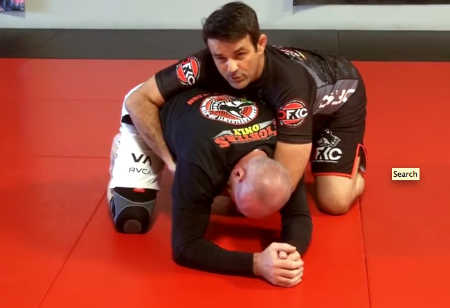 Video: Attack a turtled opponent with Ricardo Cavalcanti's guidance