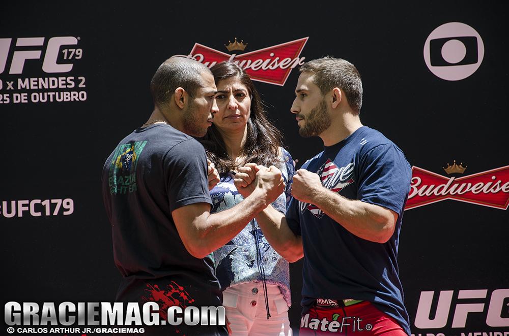 A encarada de Aldo e Chad no treino aberto do UFC 179. Foto: Carlos Arthur Jr.