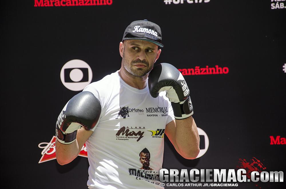 Maldonado mostrou seu boxe classudo no treino. Foto: Carlos Arthur Jr.