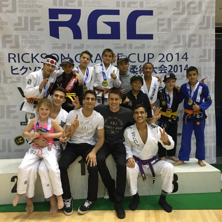 Mendes brothers with the AOJ team in Tokyo, Japan. Photo: Personal archive