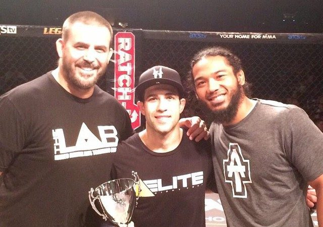 Legacy FC: with Bendo in his corner, Tanquinho wins by RNC on Rd1