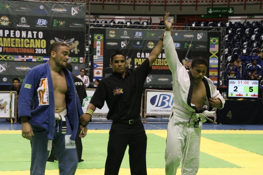 Lutador cego Darlison Silva venceu mais uma na faixa branca Foto Samurai
