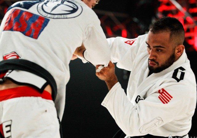 """Yuri Simões e a luta com Keenan no Metamoris: """"Faltou acreditar mais no leglock"""""""