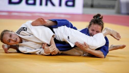 O perigo mora no chão: Estude um armlock do judô e afie seu Jiu-Jitsu