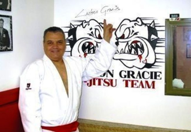 BJJ: Learn one of Carlson Gracie's favorite positions for passing guard