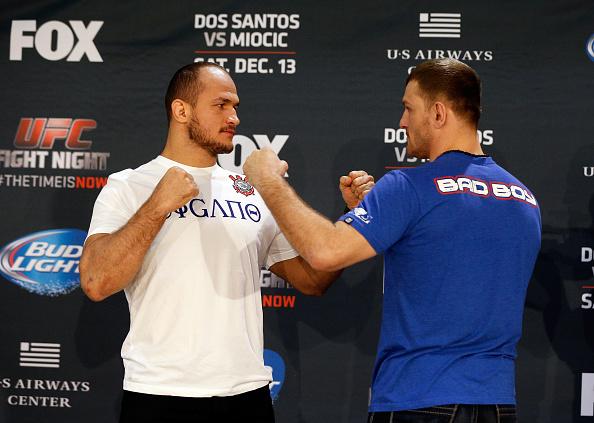 Vídeo: Cigano, Dos Anjos, Napão e Gadelha na pesagem do UFC no Arizona